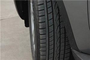 轮胎花纹有学问 看看你的车适合什么胎