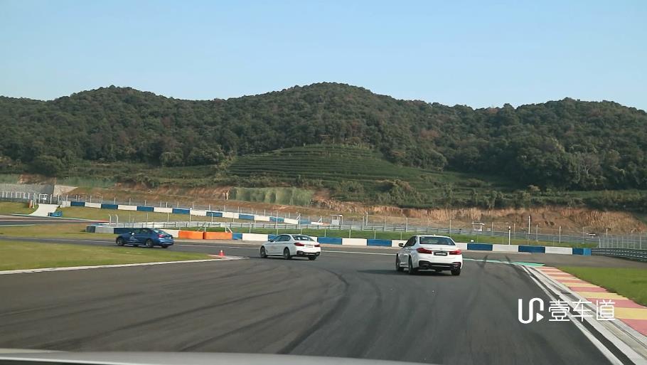 燃擎赛道 激扬个性,BMW南区赛道体验日